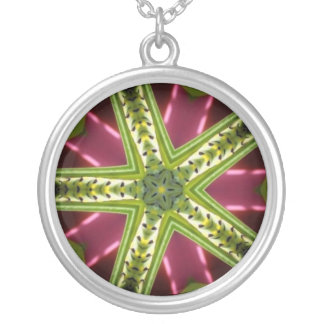 Green Abstract Round Pendant Necklace