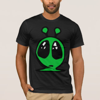 green alian big eyes. T-Shirt
