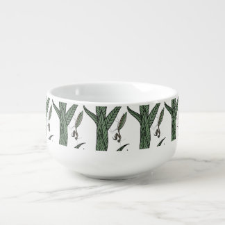 Green And Brown Praying Mantis On Green Leaves Soup Mug