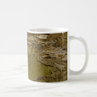 GREEN AND BROWN VOLCANIC MINERAL DEPOSITS COFFEE MUG