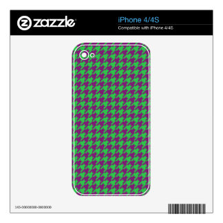 GREEN AND PURPLE HOUNDSTOOTH PATTERN iPhone 4 SKIN