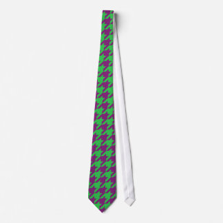 GREEN AND PURPLE HOUNDSTOOTH PATTERN NECK TIE