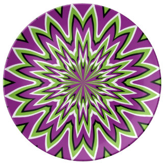 Green and purple optical illusion plate