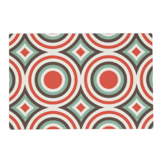 Green and red circles placemat