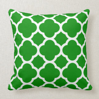 Green and White Quatrefoil Pattern Throw Pillow