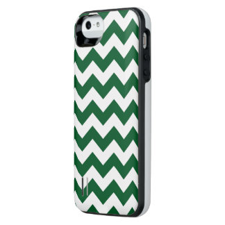 Green and White Zigzag Uncommon Power Gallery™ iPhone 5 Battery Case