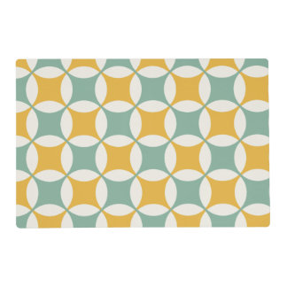 Green and yellow circles placemat