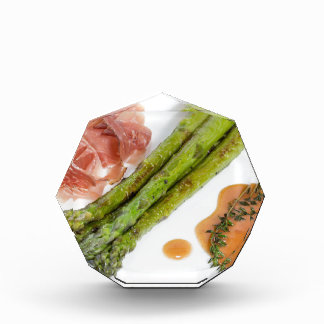 Green asparagus with ham and sauce award