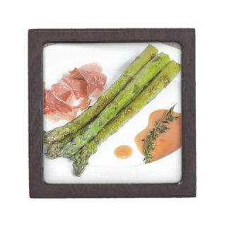 Green asparagus with ham and sauce keepsake box