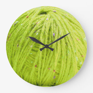 Green ball of yarn - knitting fun clock