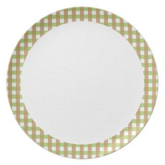 Green & Brown Crosshatch w/ White Center Plate