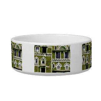 green building detail bowl
