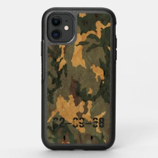 Green camouflage pattern vintage 2020 OtterBox symmetry iPhone 11 case