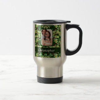 Green camouflage travel mug