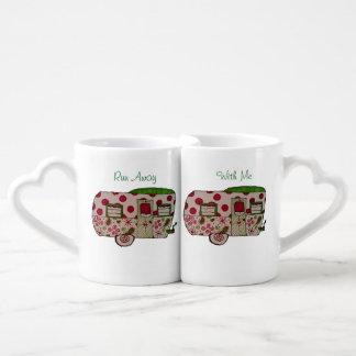 Green camper design coffee mug set