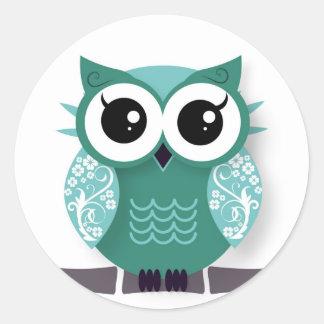 Green cartoon owl classic round sticker