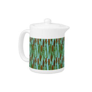 Green Cat Tails Floral Pattern Tea Pot