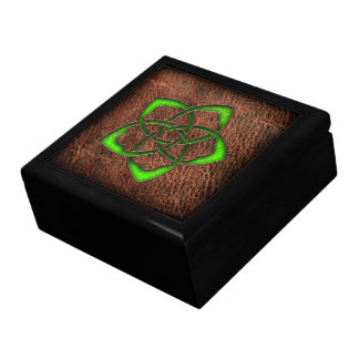 Green celtic flower knot on leather gift boxes