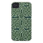 Green Celtic knotwork art iPhone 4 Cover