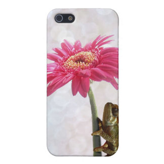 Green chameleon on pink flower case for iPhone SE/5/5s