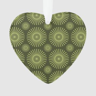 Green circular flowers ornament