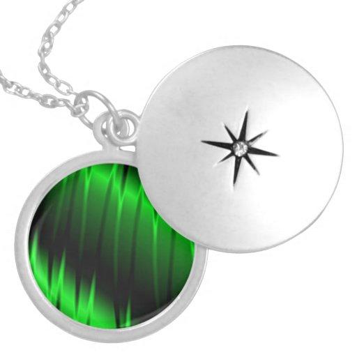 Green Claws Round Locket Necklace