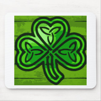 Green clover mouse pad