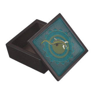 GREEN CROCODILE 39 CIRCULAR WOOD KEEPSAKE BOX