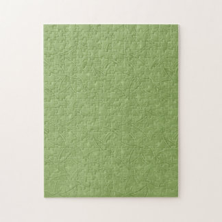 Green curved shape pattern puzzle