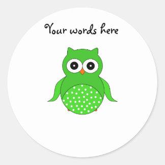 Green cute owl classic round sticker