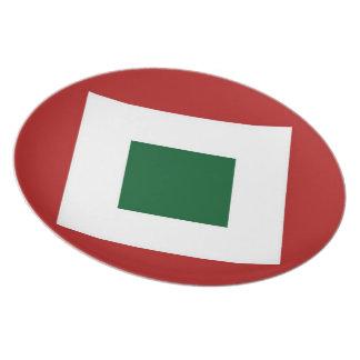 Green Diamond, Bold White Border on Red Dinner Plate