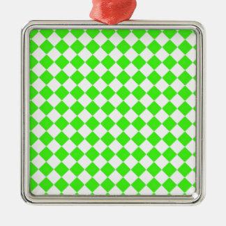 green_diamonds.jpg metal ornament