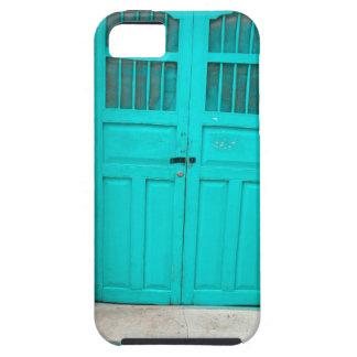 Green doors quaint wooden entrance iPhone SE/5/5s case