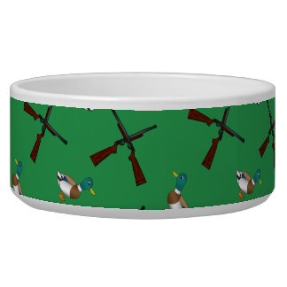 Green duck hunting pattern bowl