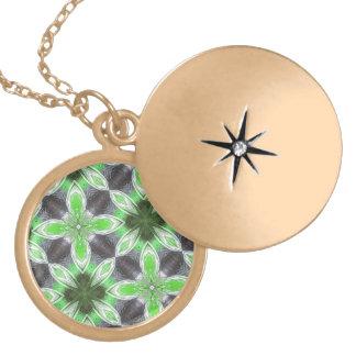 Green Flower Pattern Round Locket Necklace
