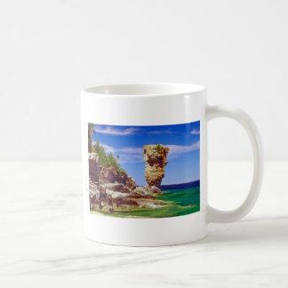 Green Flowerpot Island, Tobermory, Ontario flowers Classic White Coffee Mug