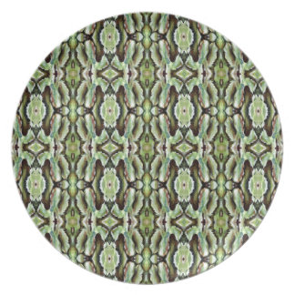 Green Foliage Patterned Dinner Plate