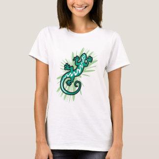 Green gecko lizard going up T-Shirt
