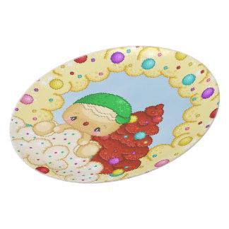 Green Gingerbread Boy Wreath Pixel Art Plate