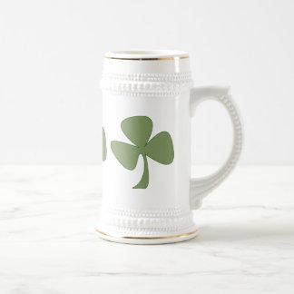 Green & Gold Shamrock 18 Oz Beer Stein
