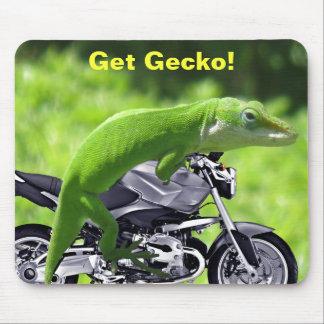 Green Hawaiian Gecko Rider Mousepad