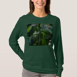 Green Heart Dew Drops in the Garden T-Shirt