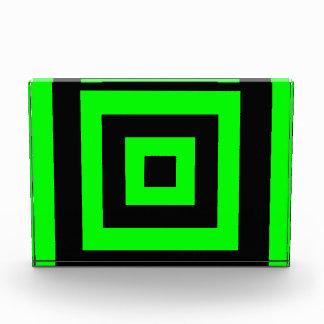 Green hypnotic geometry award