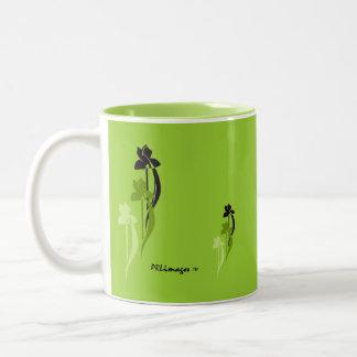 Green Iris Trio Mug