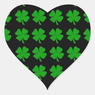 Green Irish Four Leaf Clover design - Medium Heart Sticker