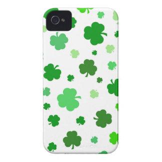 Green Irish Shamrocks iPhone 4 Case