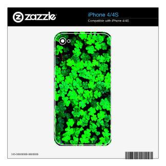 green.jpg iPhone 4 skins