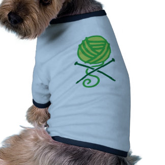 Green knitting wool and crossbones needles tee