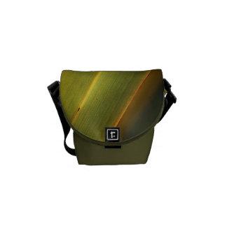 Green leaf - Mini Messenger Bag Outside Print