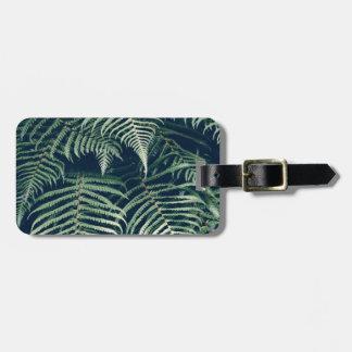 green leaves bag tag